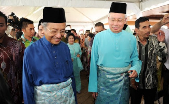 Najib-Tun-Mahathir-650x400